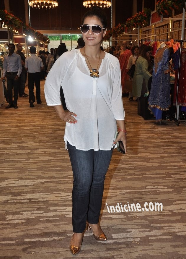 Kajol at Araish's latest collection preview