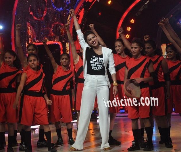 Priyanka Chopra promotes Mary Kom