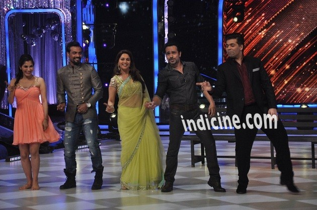 Remo D'Souza, Madhuri Dixit, Emraan Hashmi and Karan Johar on the sets of Jhalak Dikhhla Jaa