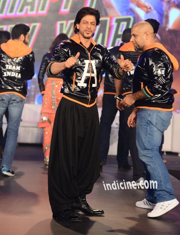 SRK at Happy New Year trailer launch