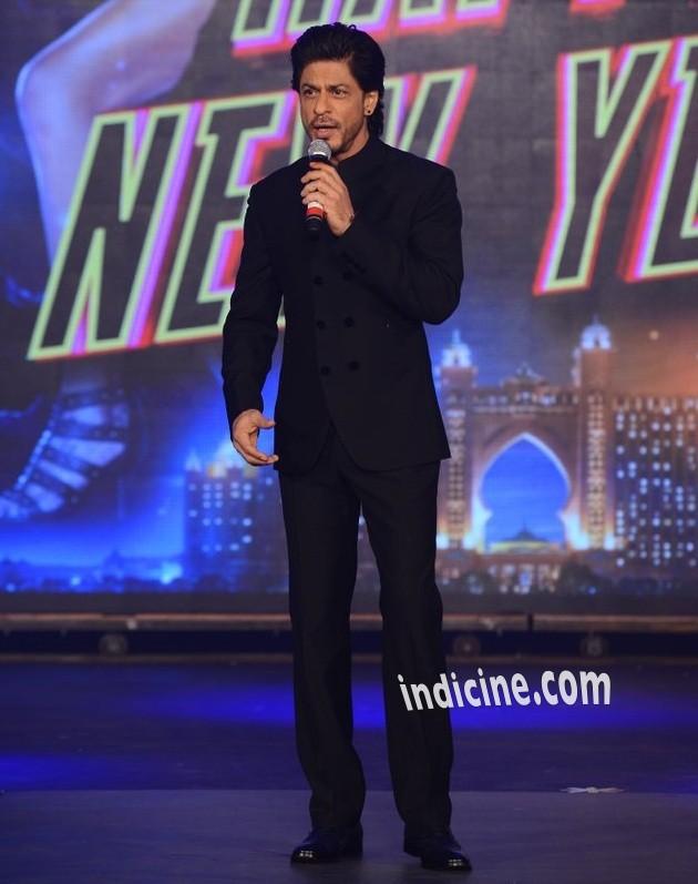Shahrukh Khan at Happy New Year trailer launch