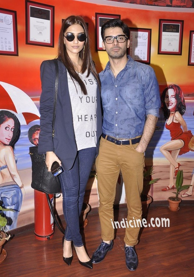Sonam Kapoor, Fawad Khan promote Khoobsurat on Red FM 93.5