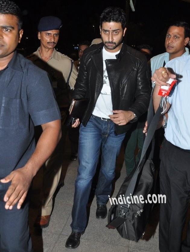 Abhishek Bachchan leaves for Slam The Tour