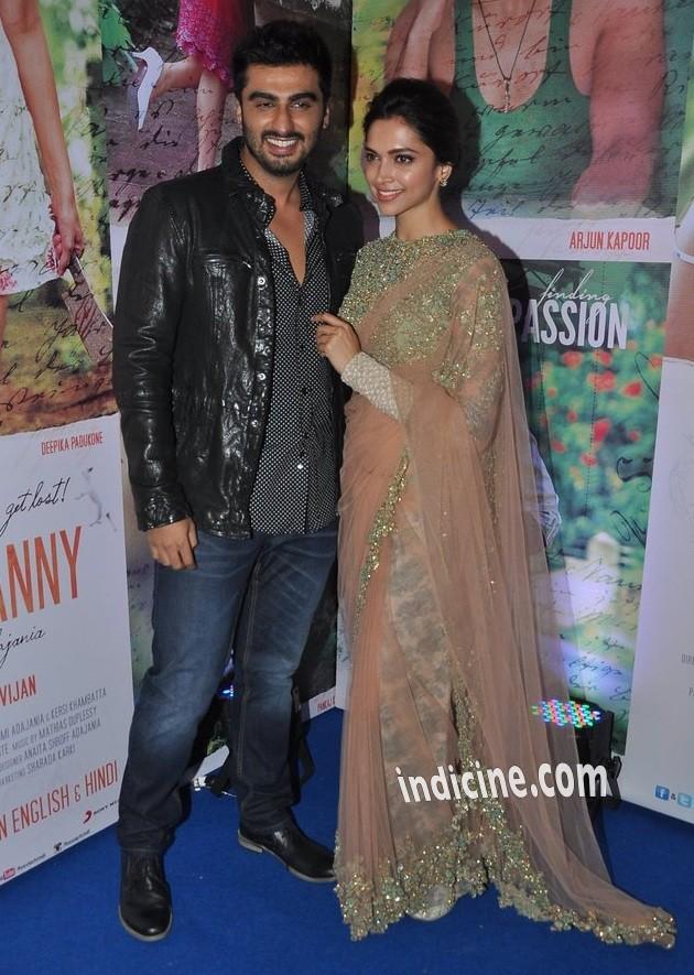 Arjun Kapoor, Deepika Padukone at Finding Fanny success bash