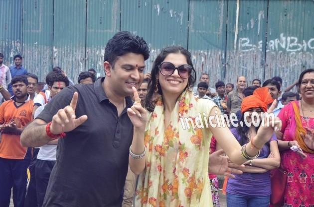 Bhushan Kumar with wife Divya Khosla at Ganpati visarjan