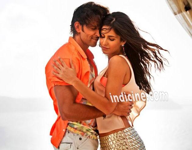 Hrithik Roshan and Katrina Kaif - Meherbaan Bang Bang song