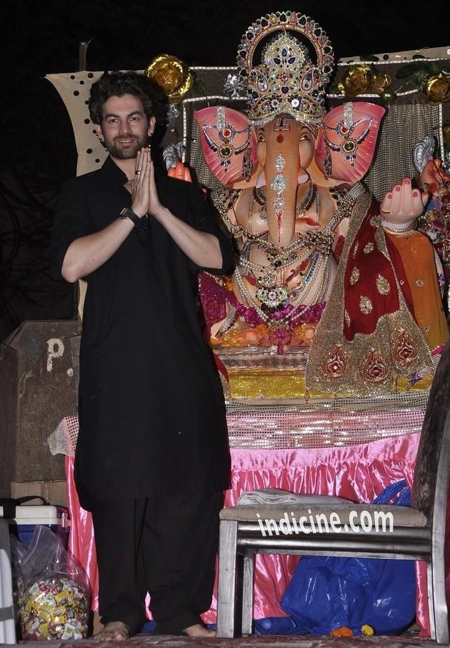 Neil Nitin Mukesh at Ganpati visarjan