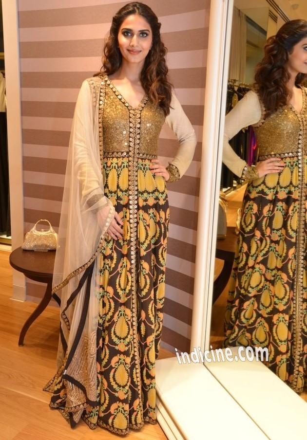 Vaani Kapoor at Aza store launch in Bandra