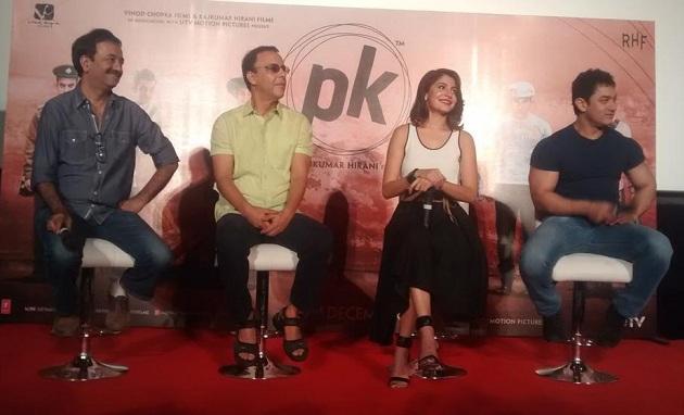 Rajkumar Hirani, Vidhu Vinod Chopra, Anushka Sharma and Aamir Khan