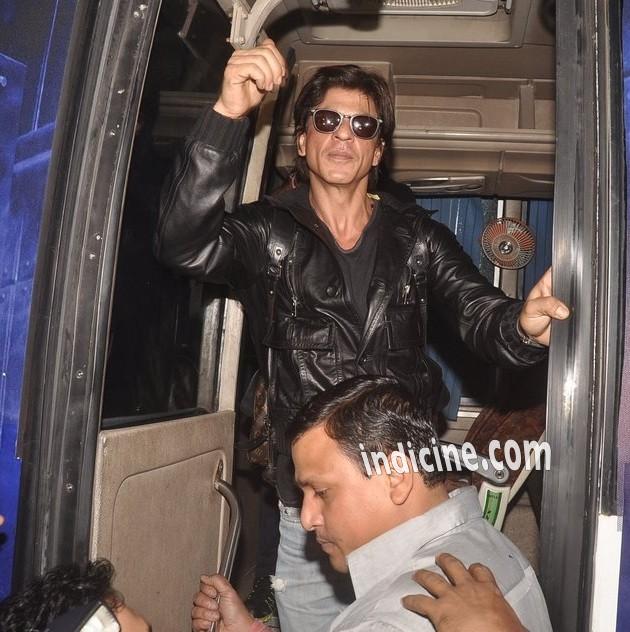Shahrukh Khan returns from Slam The Tour