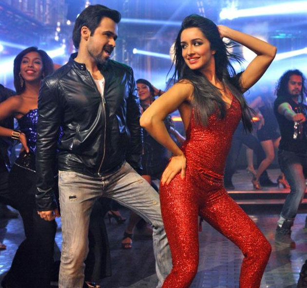 Emraan and Shraddha Ungli song Dance Basanti