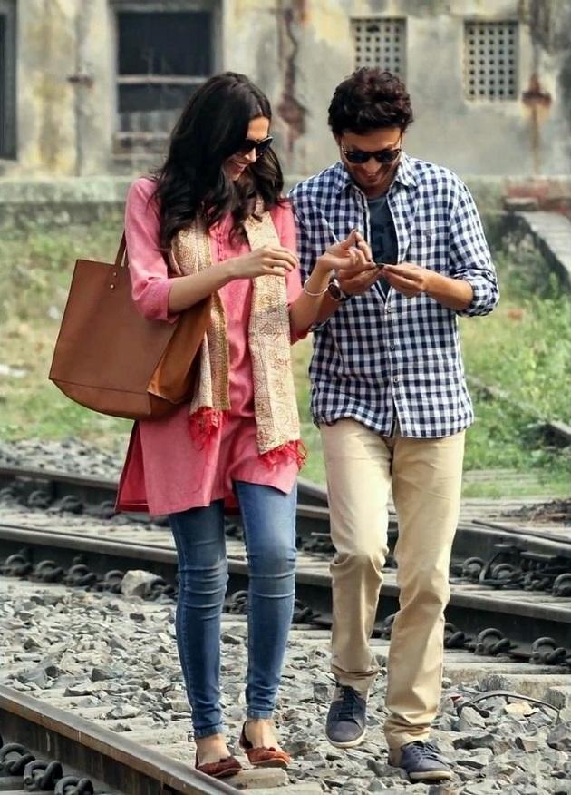 Irrfan Khan, Deepika Padukone still from Piku
