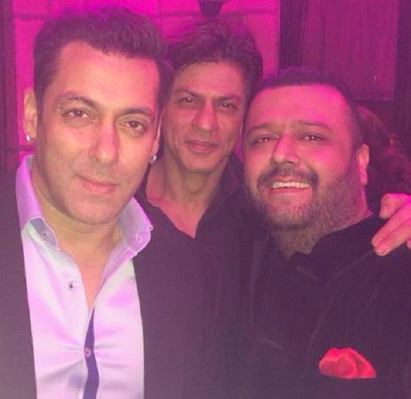 Salman Khan, SRK at the 21 years of Aap Ki Adalat celebration