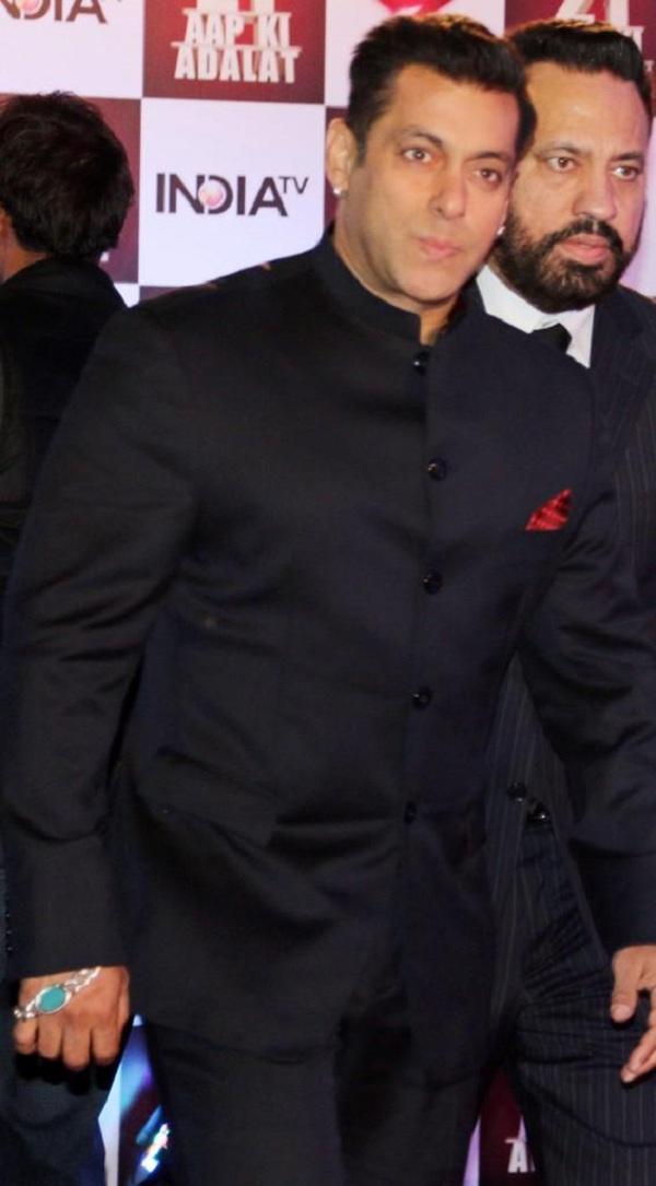 Salman Khan at the 21 years of Aap Ki Adalat celebration