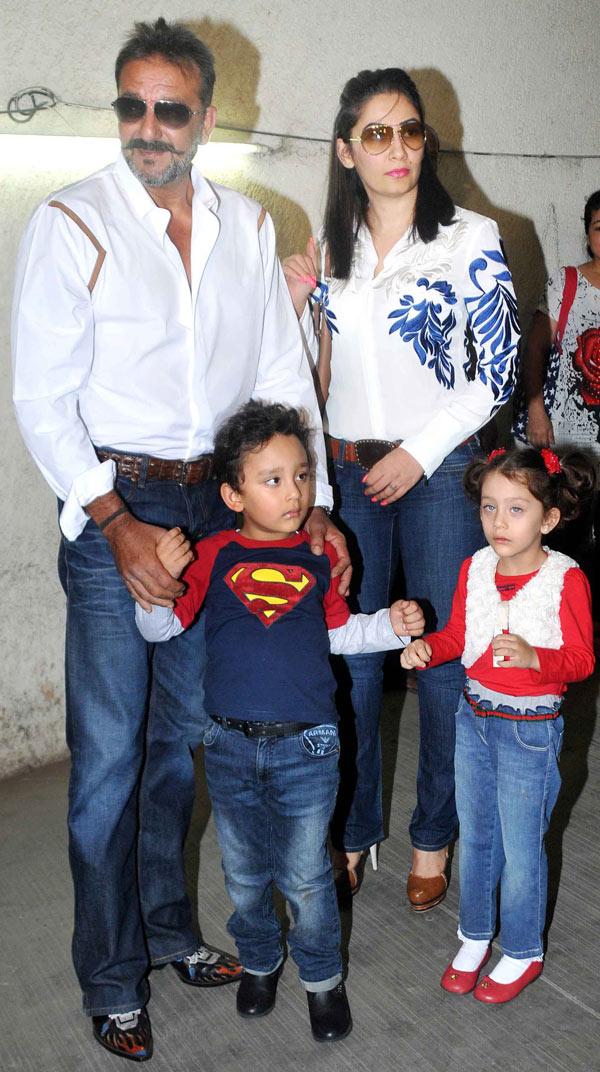 Sanjay Dutt with wife Manyata Dutt and children Shahraan and Iqra