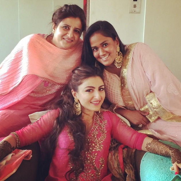 Soha Ali Khan with Arpita Khan