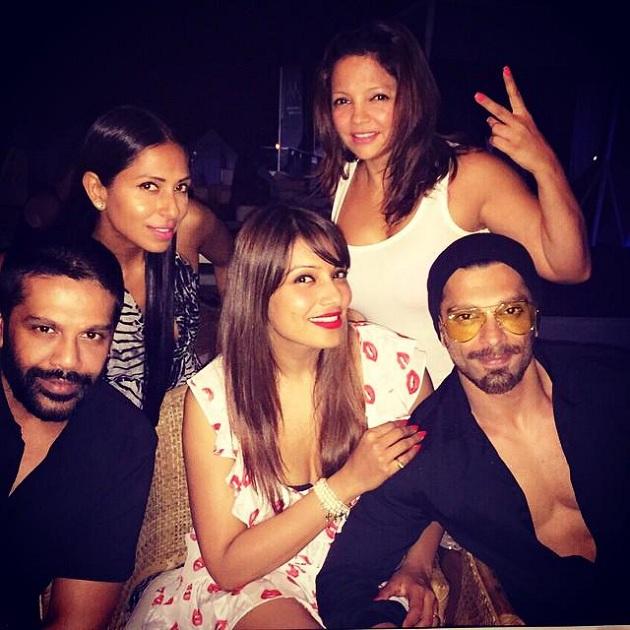 Bipasha Basu celebrates Karan Singh Grover's birthday party with her friends