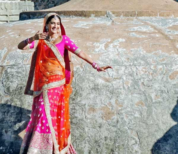 Sonam Kapoor shooting for Prem Ratan Dhan Payo in Udaipur