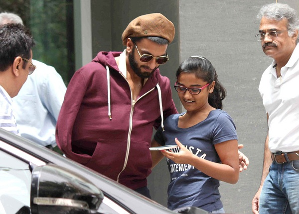 Ranveer Singh with fan