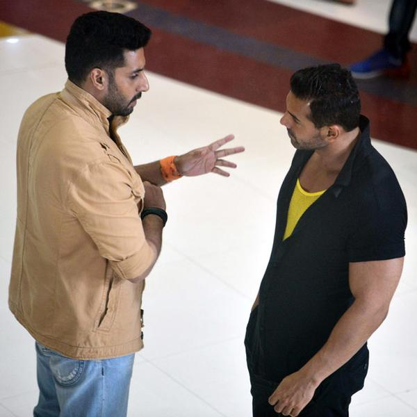 Abhishek Bachchan, John Abraham on the sets of Hera Pheri 3