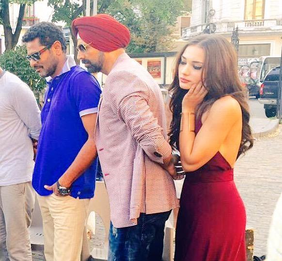 Akshay Kumar, Amy Jackson, Prabhu Deva - Singh Is Bling