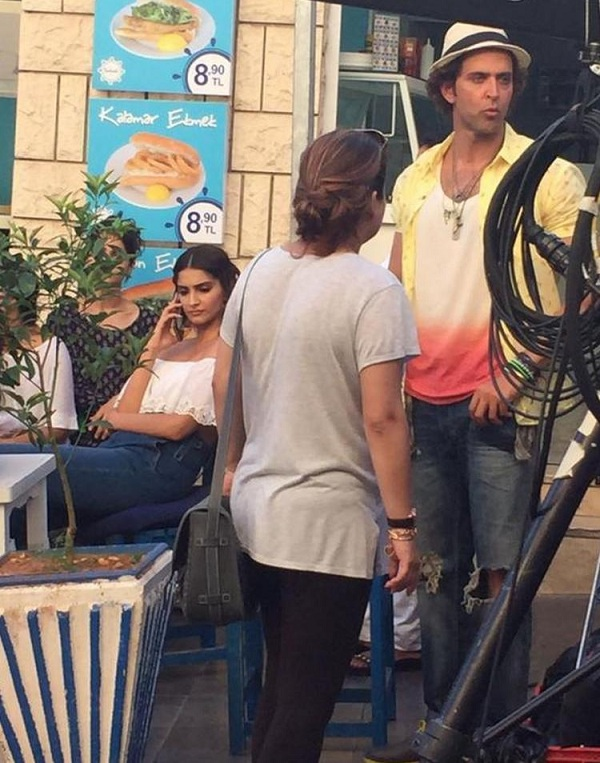 Hrithik Roshan, Sonam Kapoor shoot for Dheere Dheere in Turkey