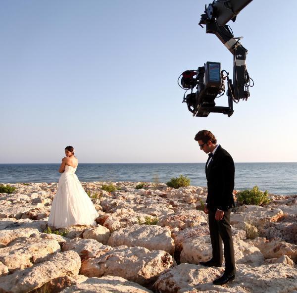 Hrithik Roshan, Sonam Kapoor shooting for Dheere Dheere Se music video