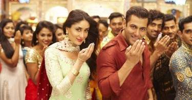 Kareena Kapoor, Salman Khan in Aaj Ki Party Meri Taraf Se song from Bajrangi Bhaijaan