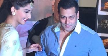 Salman Khan, Sonam Kapoor at Prem Ratan Dhan Payo Trailer launch