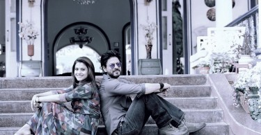 Shahrukh Khan, Kajol - Dilwale Movie Still