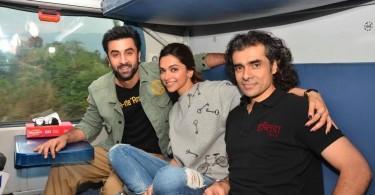 Ranbir, Deepika, Imtiaz Ali board train to Delhi to promote Tamasha
