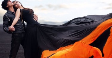 SRK, Kajol Still from Dilwale Song Gerua
