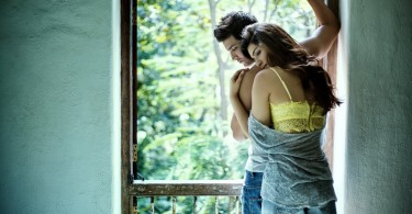 Sushant and Kriti's First Look from Dinesh Vijan's directorial debut