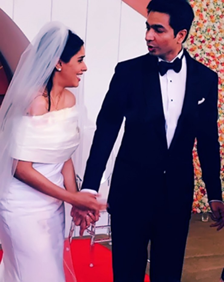 Bride Asin with groom Rahul sharma post marriage