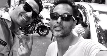 Arjun Rampal with Sujoy Ghosh after wrapped up Kahaani 2