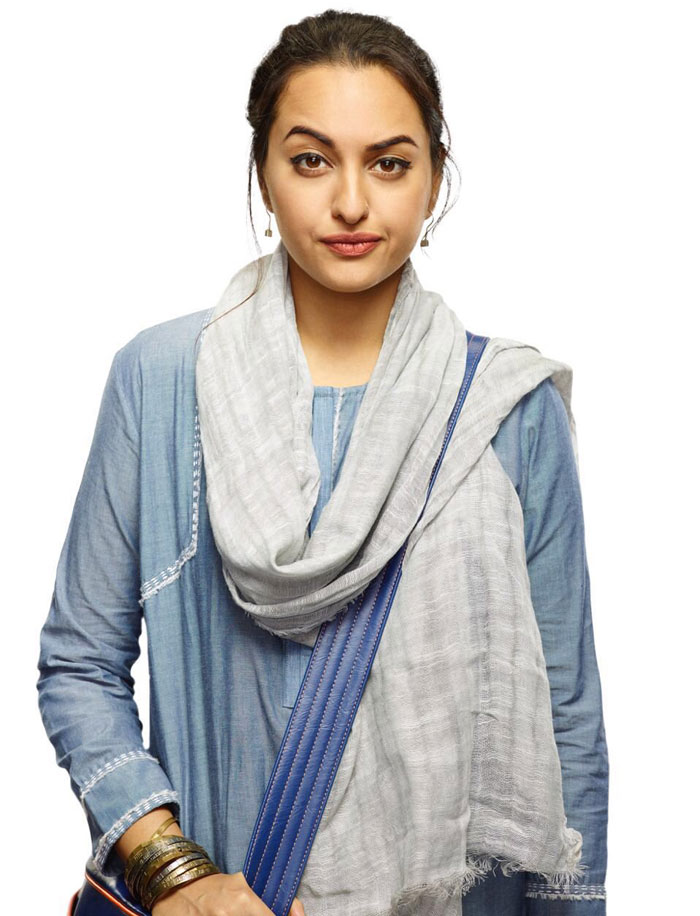 Sonakshi Sinha as a Journalist in Noor