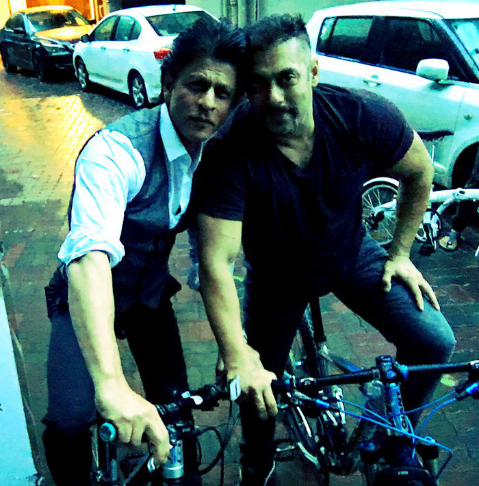 Shahrukh Khan cycling with Salman Khan