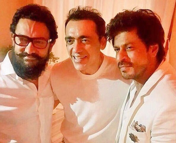 Aamir Khan, Shahrukh Khan at Ajay Bijli's birthday bash