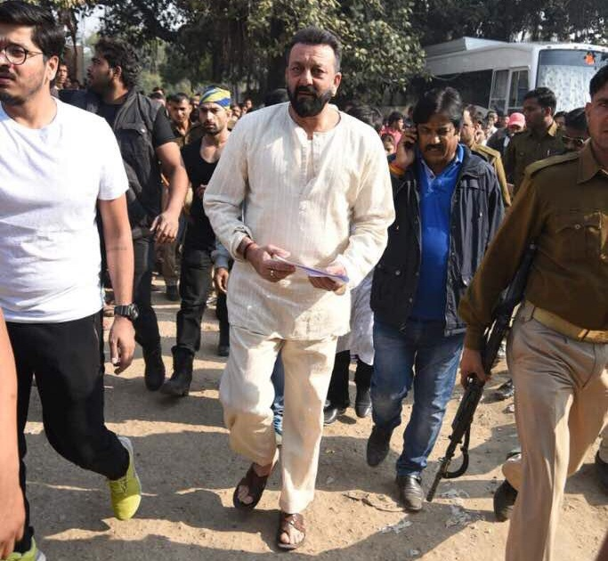 Sanjay Dutt on sets of Bhoomi in Agra