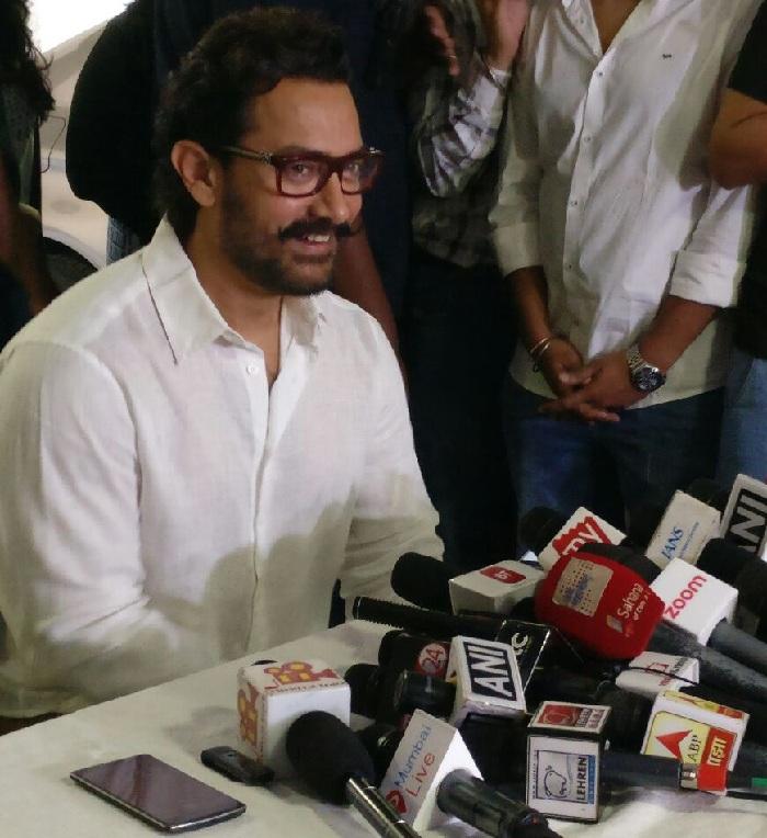 Aamir Khan at his 52 birthday press meet
