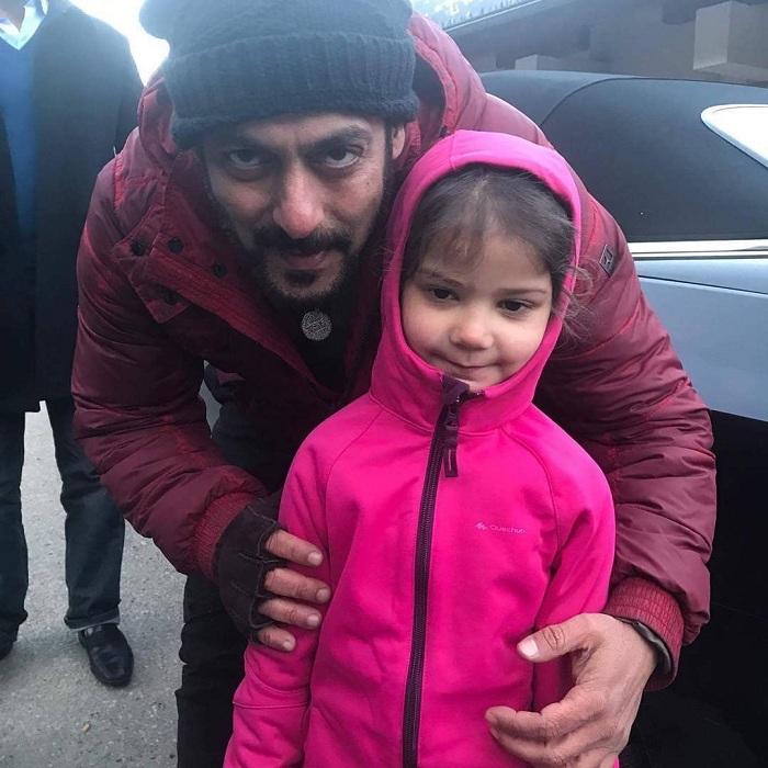 Salman Khan with his little fan