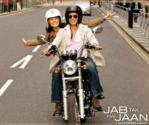 Anushka Sharma with SRK - Jab Tak Hai Jaan
