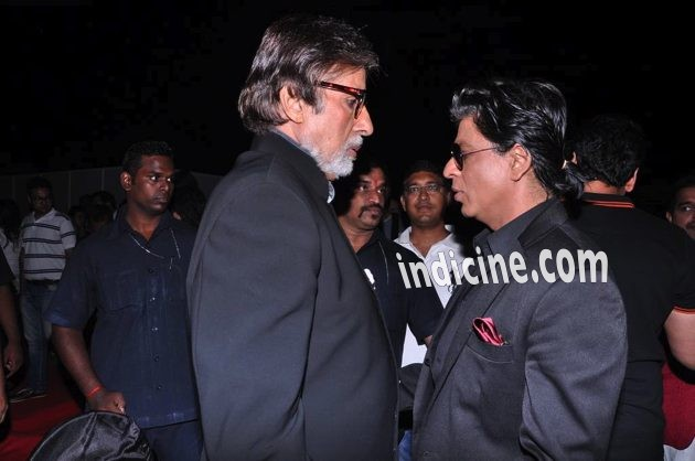 SRK seen with the Big B himself