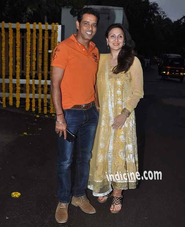 Anup Soni with wife Juhi Babbar