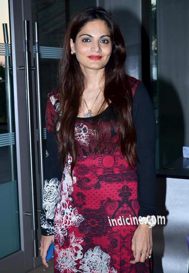 Alvira Agnihotri at launch of Deanne Pandey's fitness book Shut Up and Train
