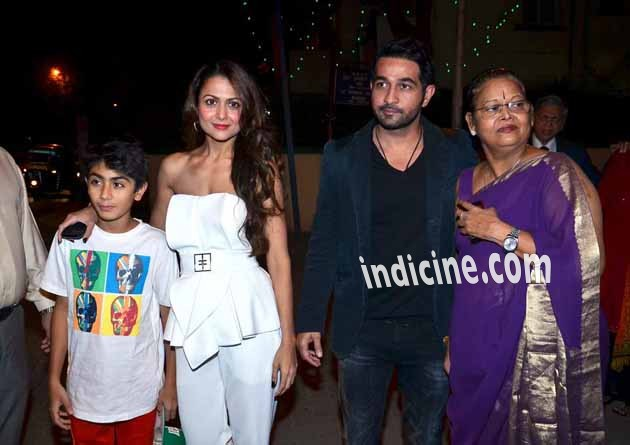 Kareena, Karishma, Malaika at Christmas Midnight Mass: Pics