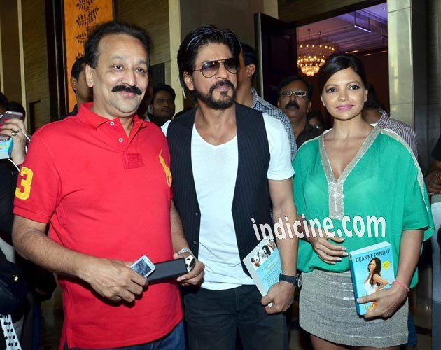 Baba Siddique, SRK and Deanne Panday