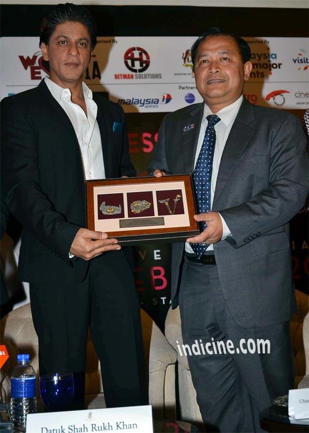 Shahrukh Khan at Temptation Reloaded press meet in Malaysia
