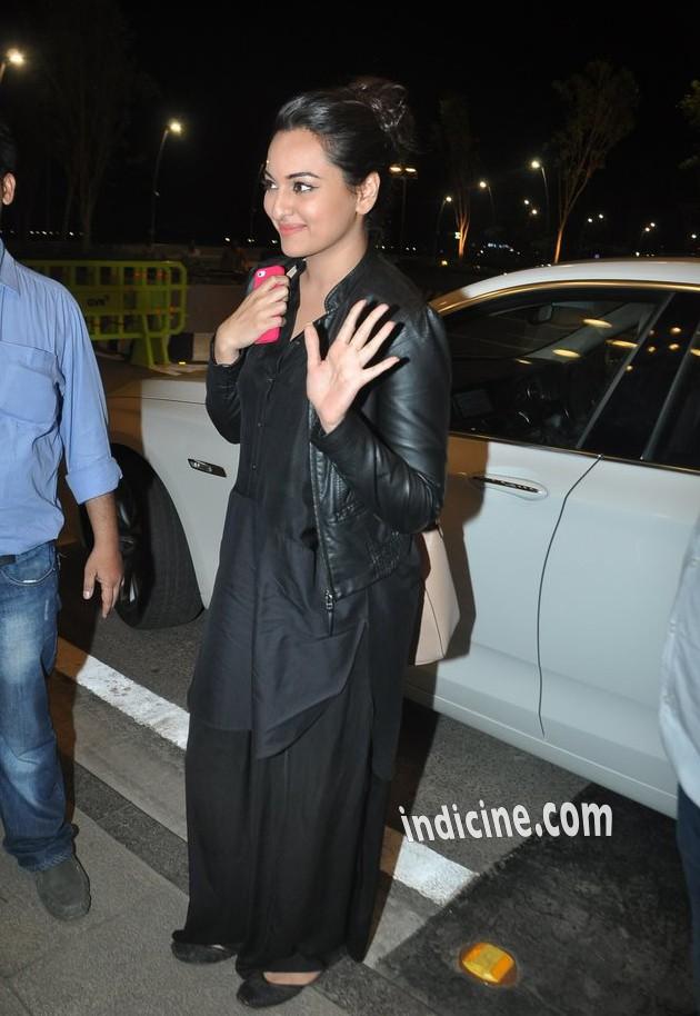 Sonakshi Sinha leaves for IIFA