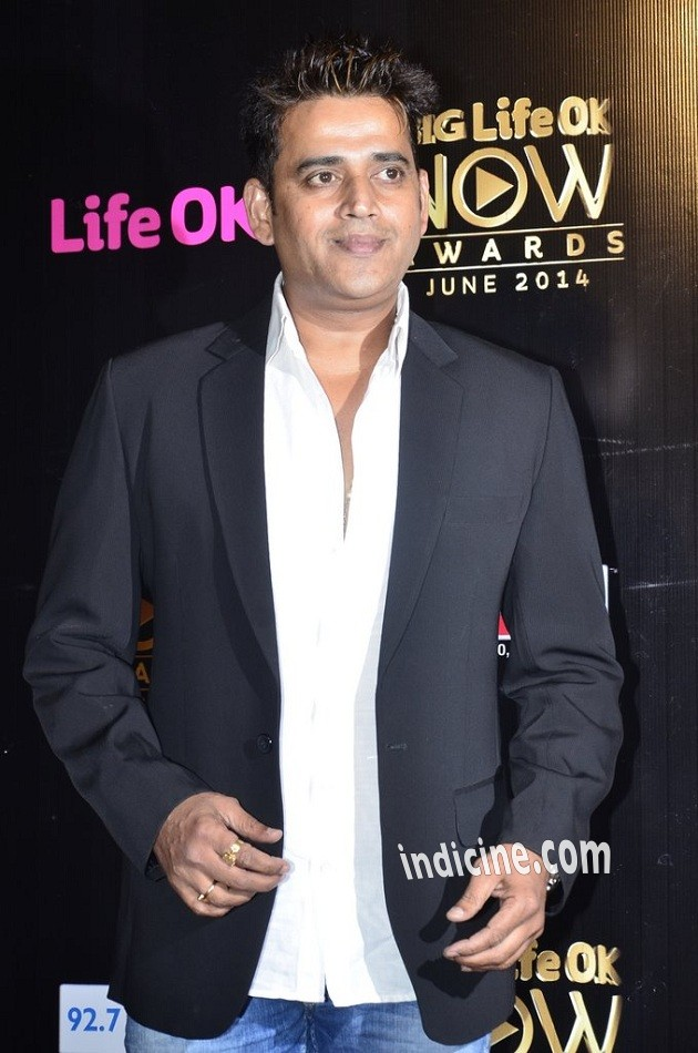 Ravi Kishan at Big Life OK Now Awards